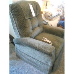 Like-New Electric Lift Chair Like NEW $1350 Cost