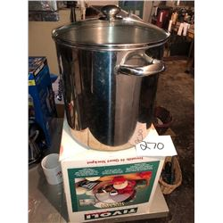 Tivoli 16 Qt. Stock Pot