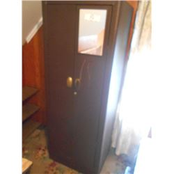 Metal Vintage Locker / Cabinet