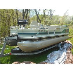 Like New 21 FT Sun Tracker Pontoon Boat & Trailer