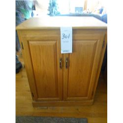 Like New Solid Oak Amish Made Double Book Cabinet