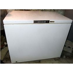 Kenmore Space Master Chest Freezer 15.1 cu. ft.