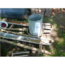 Bundle Lot: Misc. Poultry Equipment / Heated Water Bowls