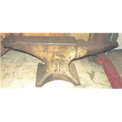 Trenton 125 lb anvil