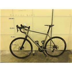 GUNMETAL GREY LITESPEED T5 GRAVEL 22 SPEED ROAD BIKE WITH FRONT AND REAR HYDRAULIC DISC BRAKES