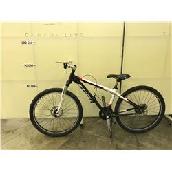 BLACK AND WHITE TREK BODEGA FRONT SUSPENSION MOUNTAIN BIKE