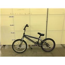 BLACK NO NAME BMX BIKE WITH PEGS AND GYRO