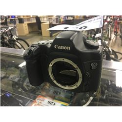 CANON EOS 5D DSLR BODY, WITH CHARGER, NO LENS