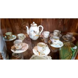 APPROX 15 PCS JAPANESE PORCELAIN TEA SET