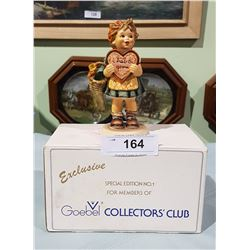 EXCLUSIVE COLLECTOR'S CLUB HUMMEL FIGURINE W/BOX