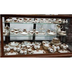 APPROX 177 PC SET OF ROYAL ALBERT OLD COUNTRY ROSES CHINA