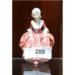 SMALL ROYAL DOULTON GOODY TWO SHOES FIGURINE