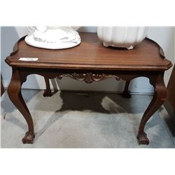 MAHOGANY CLAW FOOT OCCASIONAL TABLE