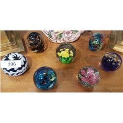 LOT OF 7 ART GLASS PAPERWEIGHTS