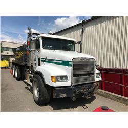 1992 FREIGHTLINER ASPHALT PATCHER, WHITE, VIN # 2FVX3LY93NV399862