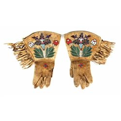 Crow Indian Floral Beaded Gauntlets c. 1900-