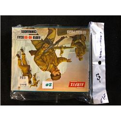 VINTAGE AIRFIX HO-OO SCALE COMMANDOS (40 SCALE PIECES) 1/72 SCALE IN BOX
