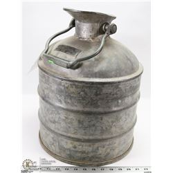 5 GALLON VINTAGE OIL CAN LIQUID MEASURE