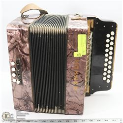 VINTAGE  HOHNER ACCORDIAN