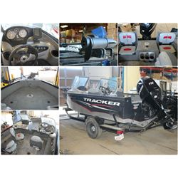 FEATURED UNRESERVED 2010 TRACKER SPEEDBOAT