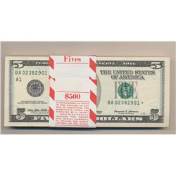 Lot of 100 Consecutive 1999 $5 Boston Federal Reserve Star Notes