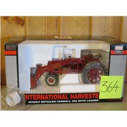 "1/16 scale IH 300 with Loader SpecCast) Tractor Toy Classic Series -15""x8"""
