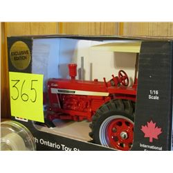 "1/16 scale IH 1256D (Exclusive Edition) Tractor Toy 6.5""x11"""