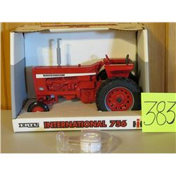 1/16 Scale International 756 Tractor Toy Ertl