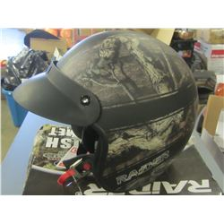 New Raider open face Helmut / Size XL / center snap is missing on visor/easy fix