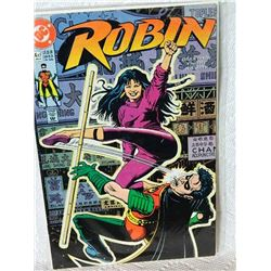 ROBIN - THE ADVENTURE BEGINS - 4 OF 5 - APR 91 - condition - NEAR MINT - WITH BAG & BOARD