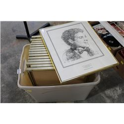 TOTE OF PICTURES
