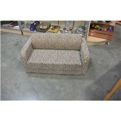 FOAM KIDS SOFA