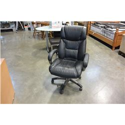 BLACK LEATHER ROLLING GAS LIFT OFFICE CHAIR