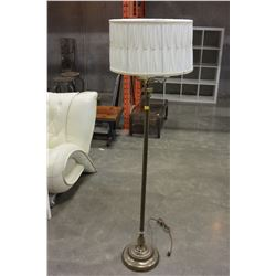 BRASS FLOOR LAMP AND TABLE LAMP