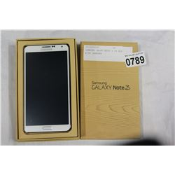 SAMSUNG GALXY NOTE 3 IN BOX WITH CAHRGER