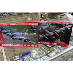 2 MODEL MILITARY PLANES