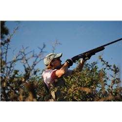 Argentina Dove Hunting For 2 People For 2 Nights of Great Memories