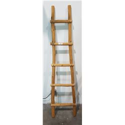 HAND MADE MEXICAN BLANKET LADDER