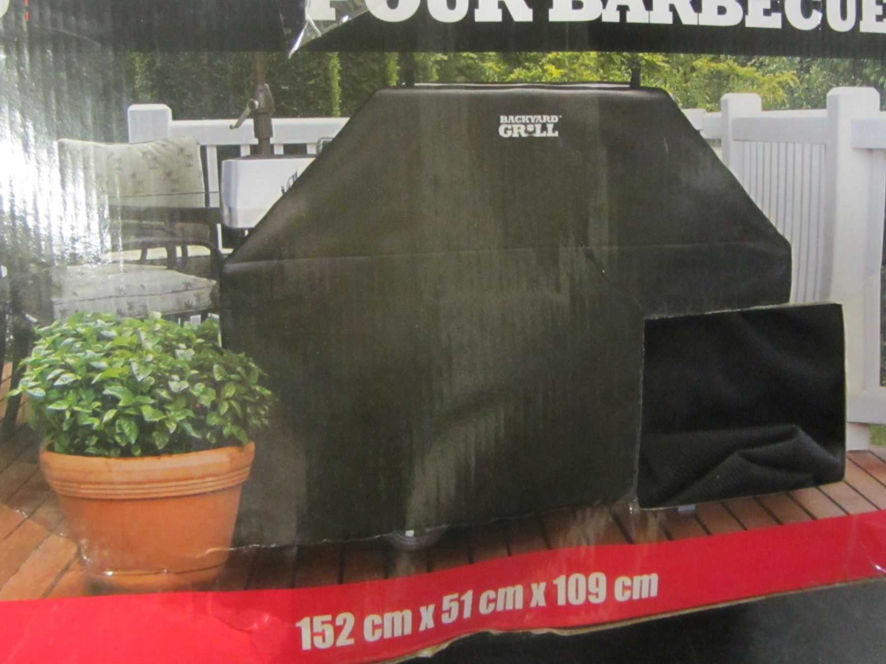 Image 1 : Backyard Grill BBQ Cover / 3 4 Burner   60inch X 20