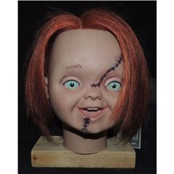 Z-CURSE OF CHUCKY SCREEN MATCHED REVEAL HEAD FROM ATTIC SCENE