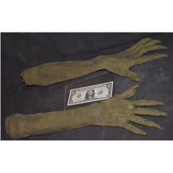 GRIMM ALIEN CREATURE DEMON FULL ARM APPLIANCE GLOVES