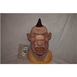 ALIEN CYCLOPS CREATURE FULL HEAD MASK 1