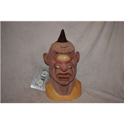 ALIEN CYCLOPS CREATURE FULL HEAD MASK 2