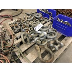 PALLET OF ASSORTED SIZE SHACKLES