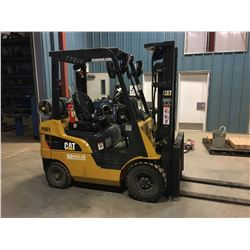 CAT MODEL 2P3500 2500 LB CAPACITY LPG FORKLIFT, 3 STAGE MAST, SIDE SHIFT, PNEUMATIC TIRES, NEW REAR
