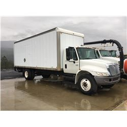 2005 INTERNATIONAL 5 TONNE CARGO TRUCK, 4300 D746 POWER LIFT TAILGATE, 154,805 KM, DIESEL, VIN