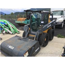 2010 CAT 320D SKID STEER, WITH BUCKET, NEWLY INSTALLED SOLID TIRES, ANGLE BROOM, ANGLE SNOW BLADE,
