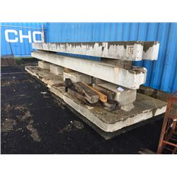 LOT OF CEMENT BEAMS