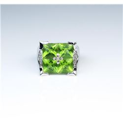 18CAI-51 PERIDOT  DIAMOND RING