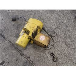 Budgit 1/2 Ton Chain Hoist, No Main Tag